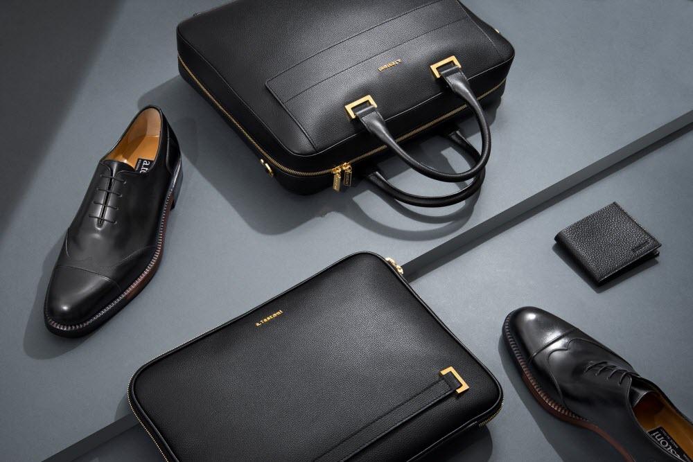 Testoni classic shoes for men
