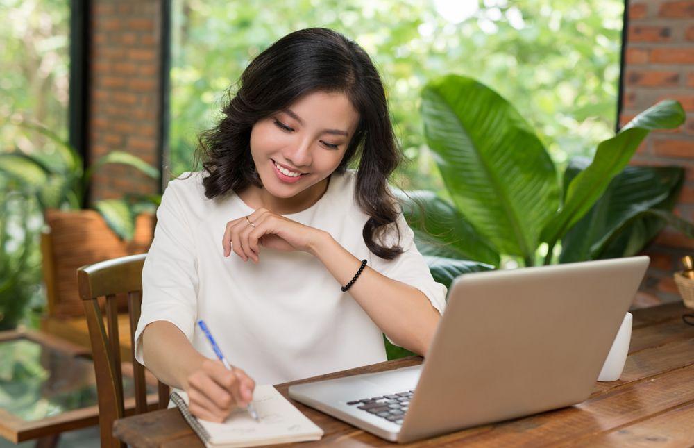 การช้อปปิ้งออนไลน์ในประเทศไทยมีอัตราการเติบโตที่สูงที่สุดใน ASEAN