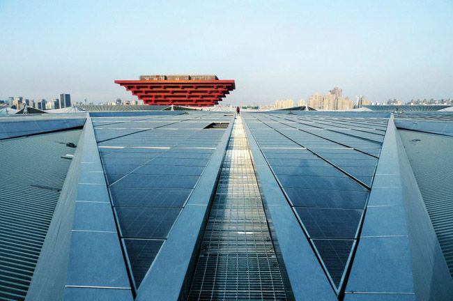 Suntech modules power the China & Theme pavilions during the 2010 Shanghai World Expo